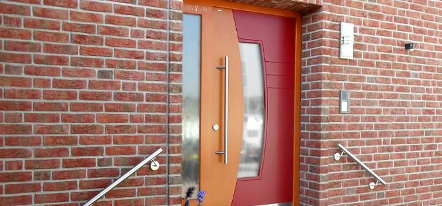 Установка дверей в облицовочный кирпич