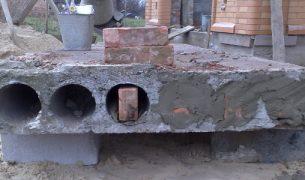 Можно ли класть кирпич на плиты перекрытия